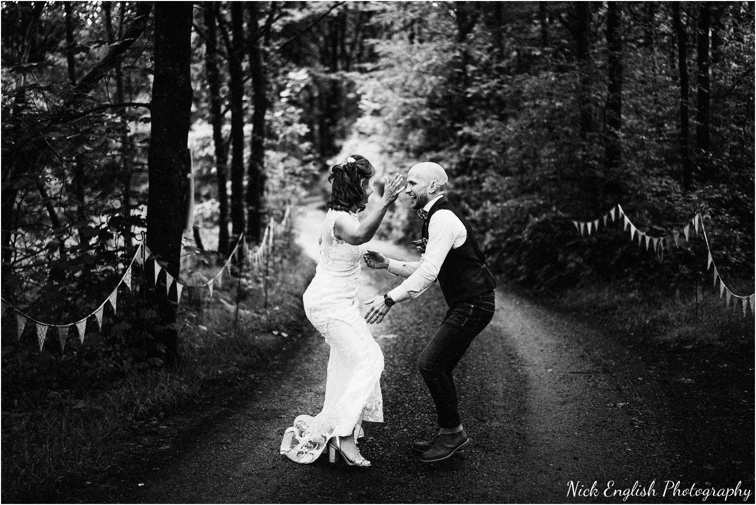 Spring_Cottage_Rivington_Lancashire_Wedding_Photographs-169.jpg