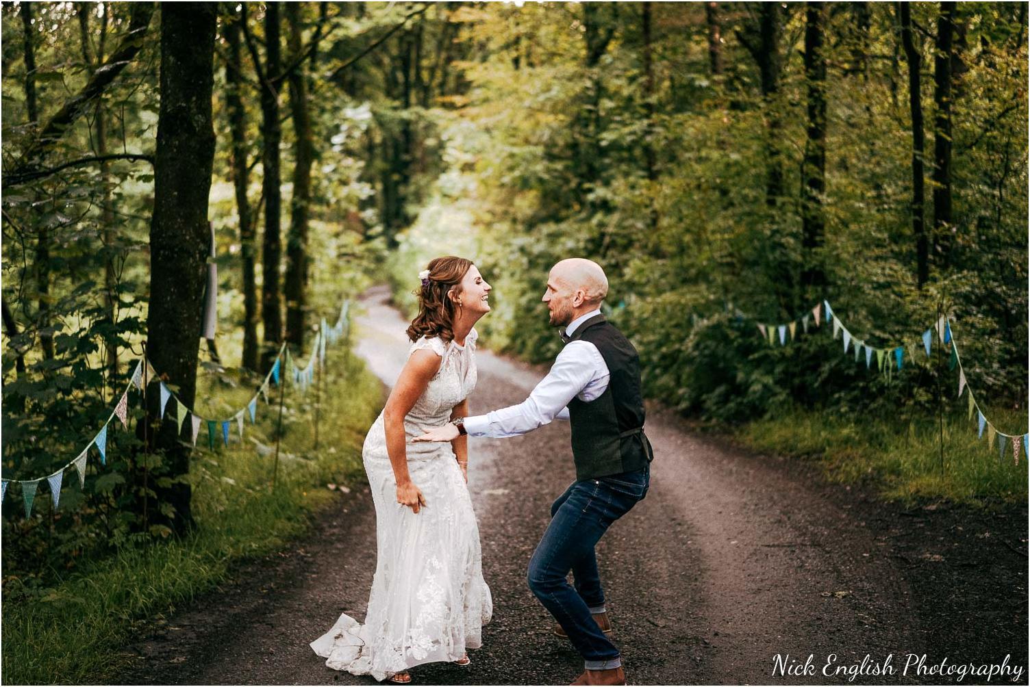 Spring_Cottage_Rivington_Lancashire_Wedding_Photographs-171.jpg