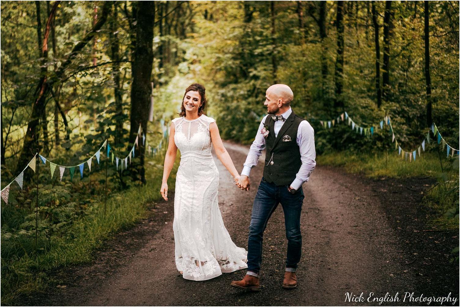 Spring_Cottage_Rivington_Lancashire_Wedding_Photographs-174.jpg