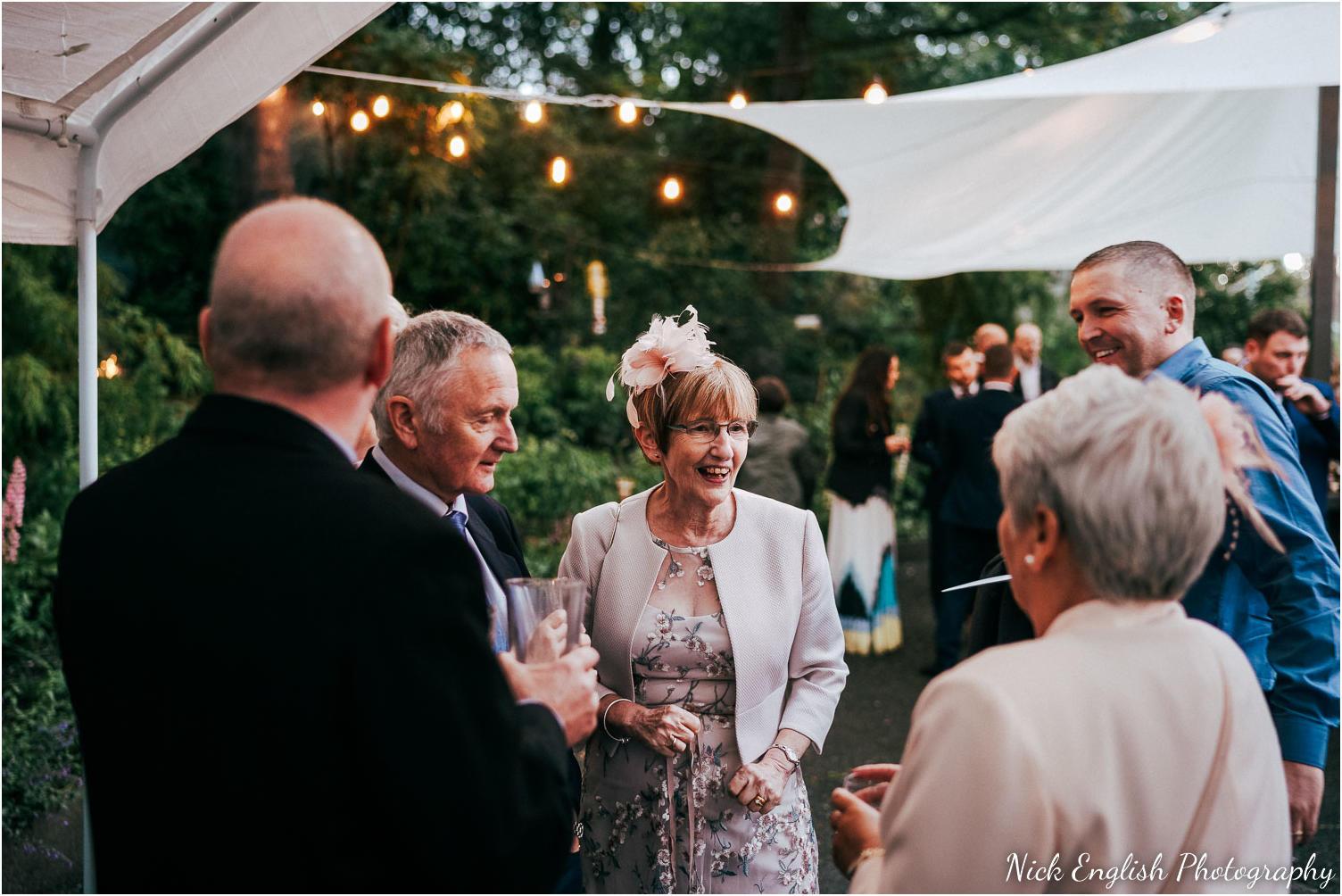 Spring_Cottage_Rivington_Lancashire_Wedding_Photographs-175.jpg