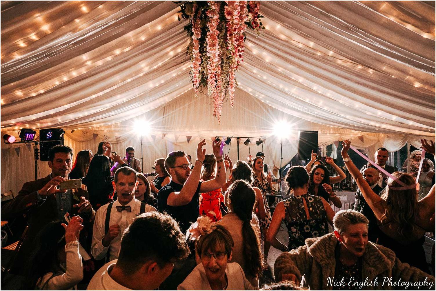 Spring_Cottage_Rivington_Lancashire_Wedding_Photographs-180.jpg