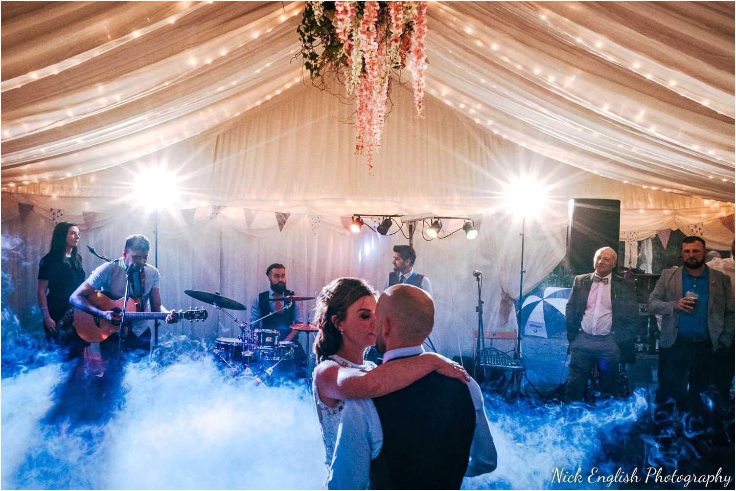 Spring_Cottage_Rivington_Lancashire_Wedding_Photographs-182.jpg