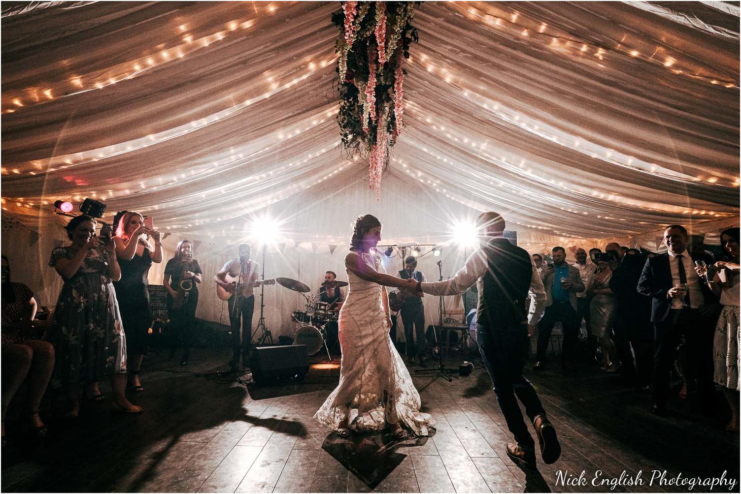 Spring_Cottage_Rivington_Lancashire_Wedding_Photographs-187.jpg