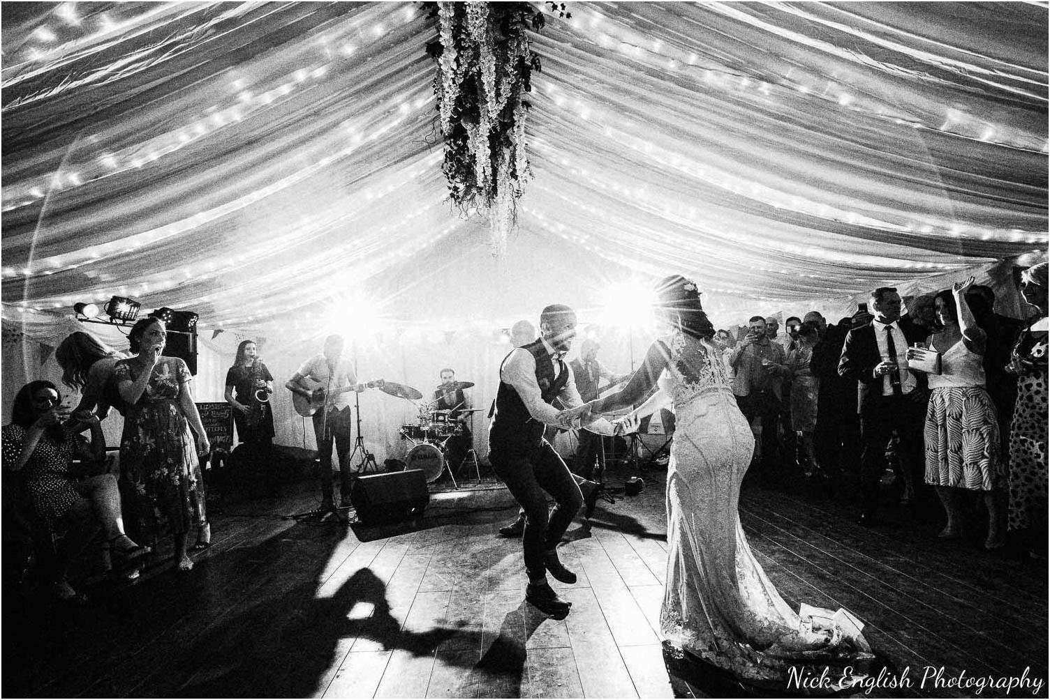 Spring_Cottage_Rivington_Lancashire_Wedding_Photographs-189.jpg