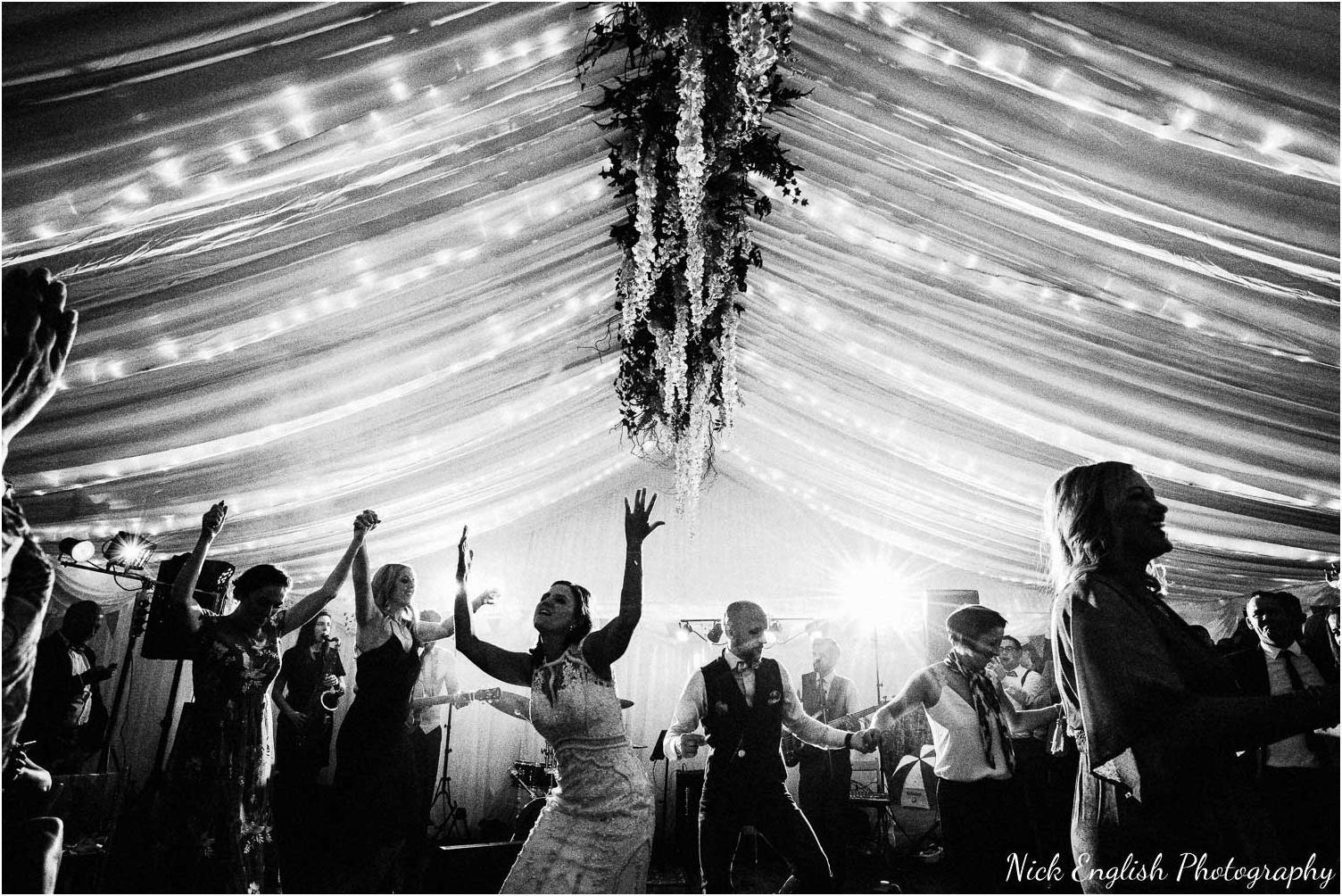 Spring_Cottage_Rivington_Lancashire_Wedding_Photographs-190.jpg