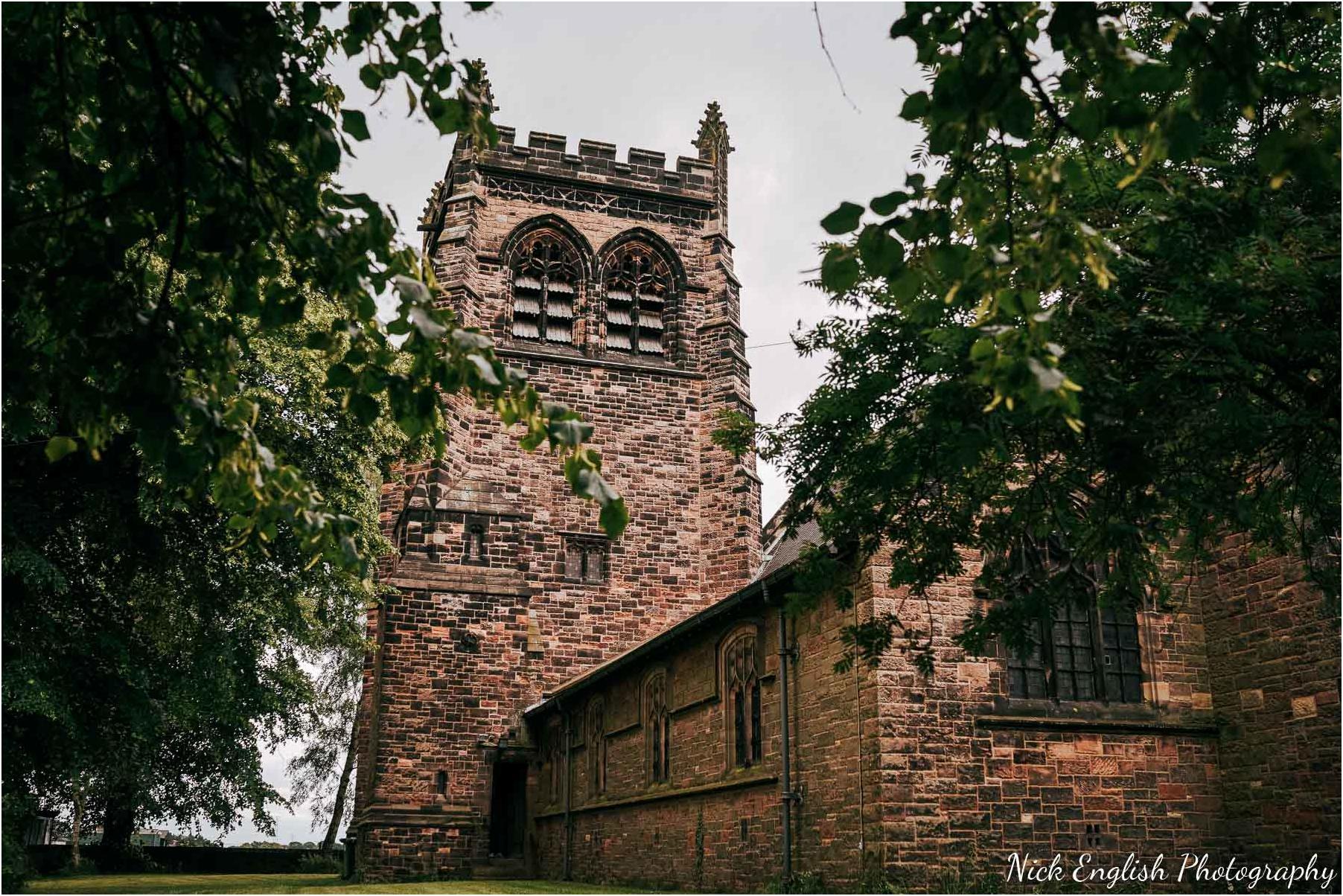 Whitebottom_Farm_Wedding_Manchester_Photograph-12.jpg