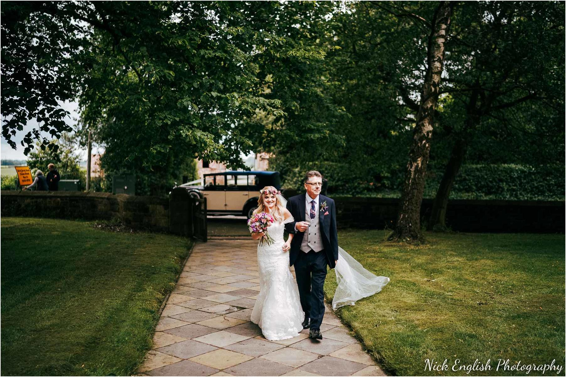 Whitebottom_Farm_Wedding_Manchester_Photograph-22.jpg