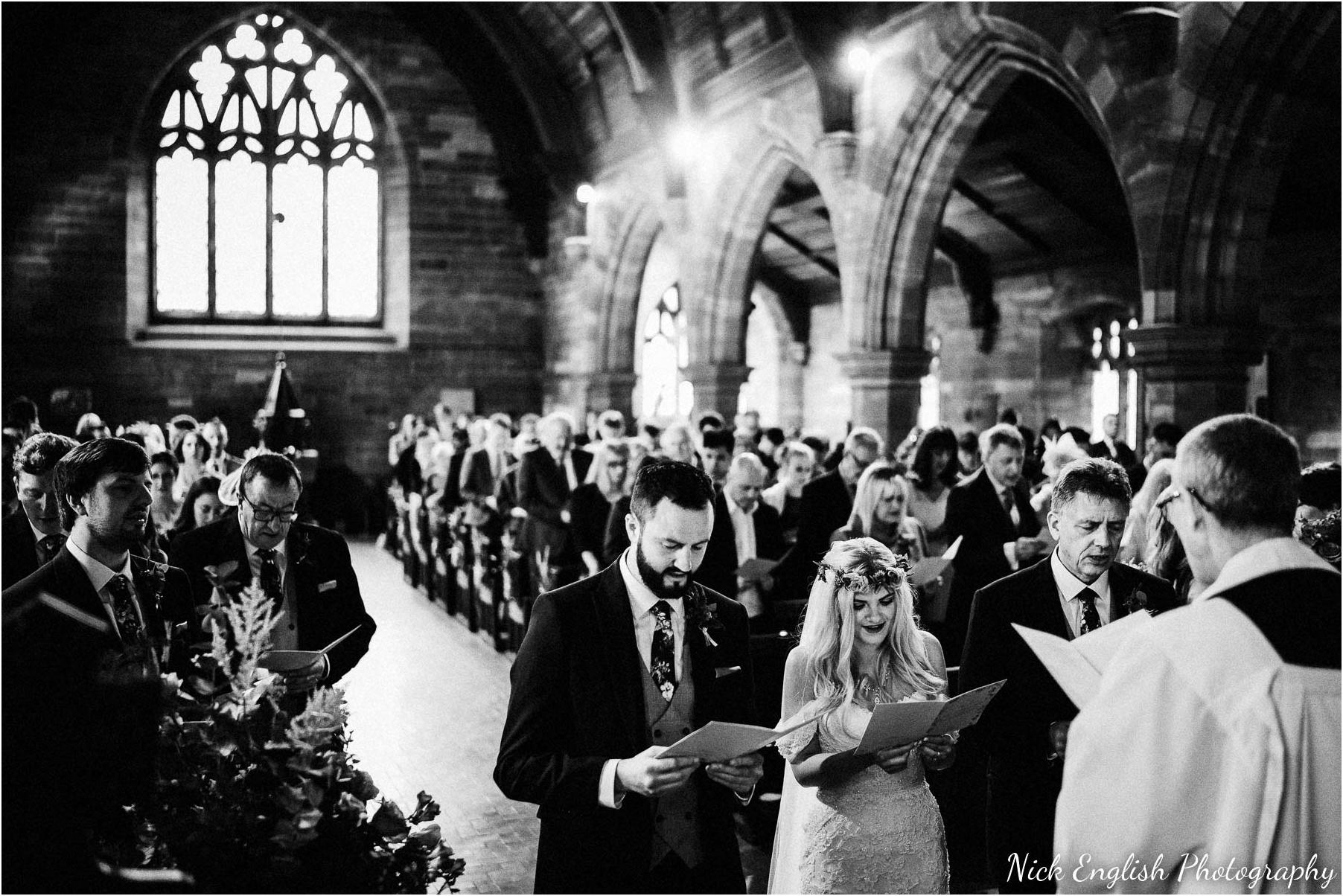 Whitebottom_Farm_Wedding_Manchester_Photograph-29.jpg