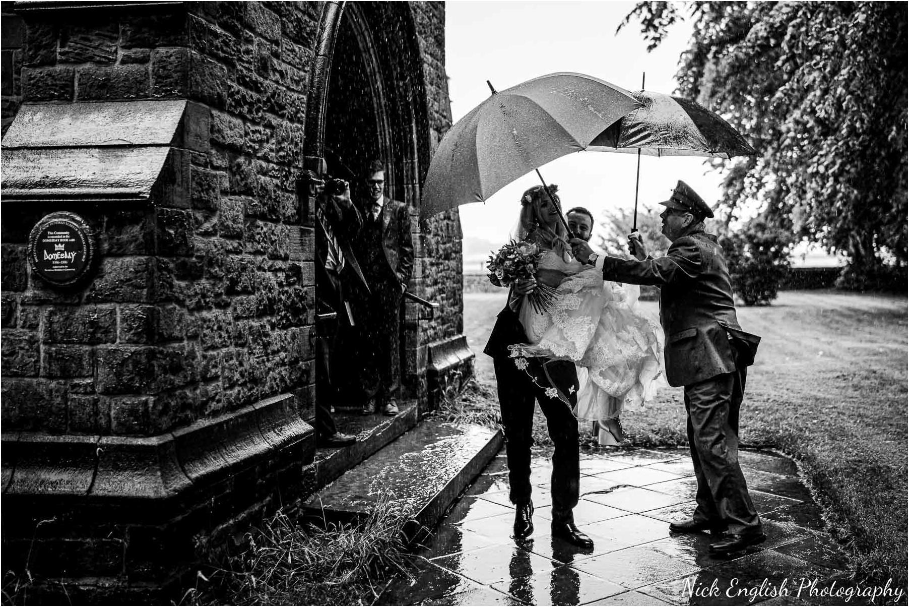 Whitebottom_Farm_Wedding_Manchester_Photograph-33.jpg