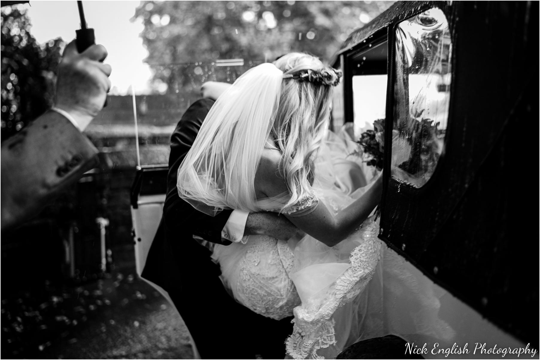 Whitebottom_Farm_Wedding_Manchester_Photograph-36.jpg