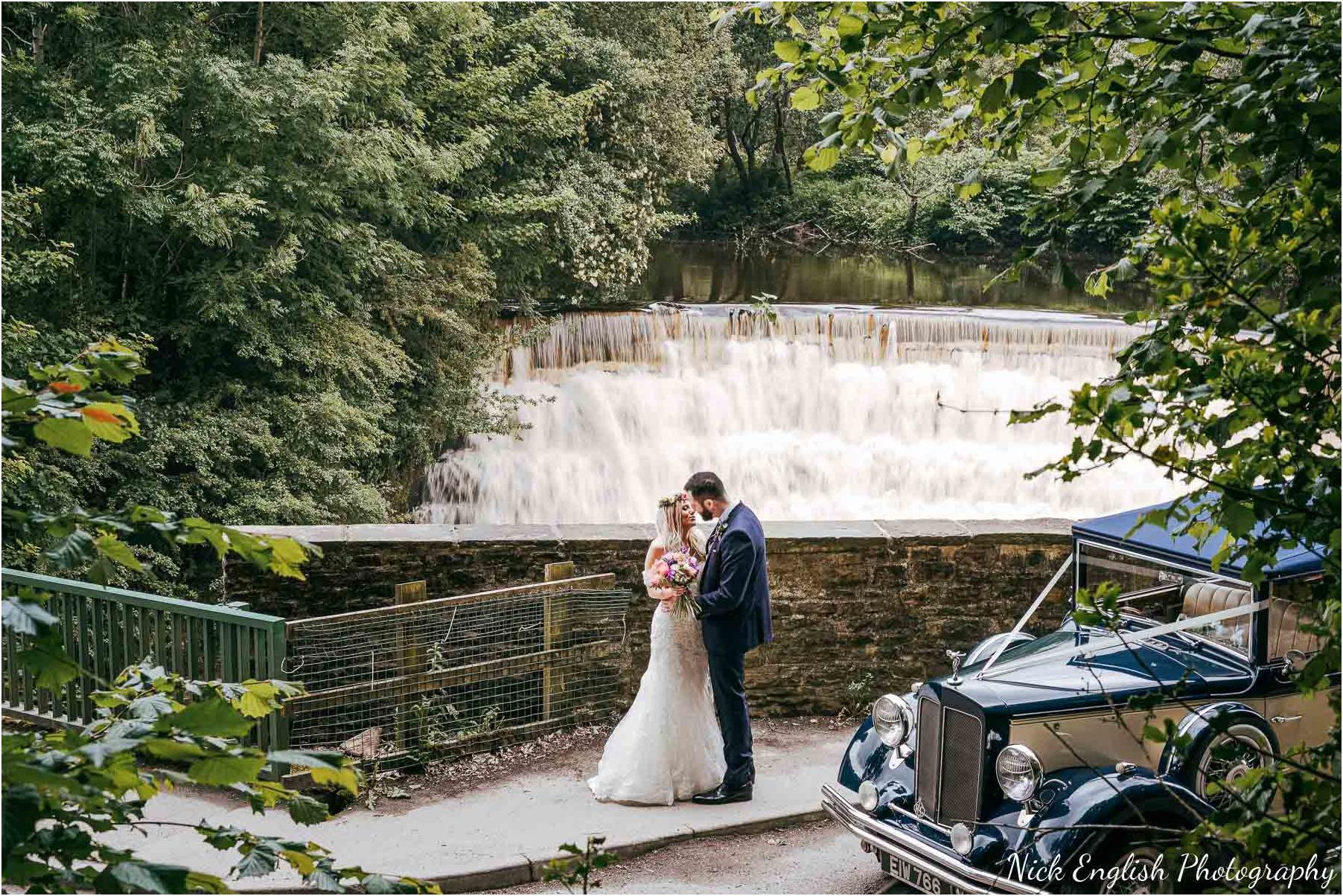 Whitebottom_Farm_Wedding_Manchester_Photograph-37.jpg