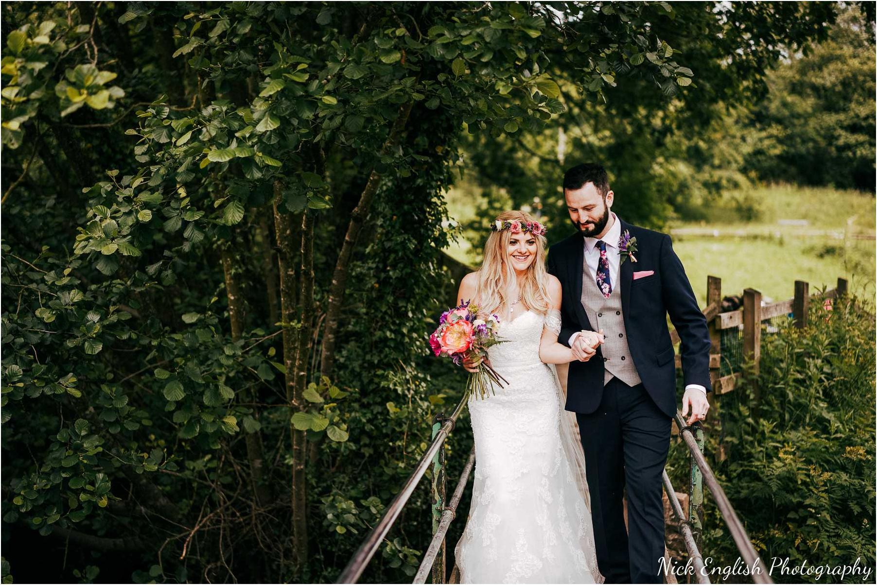 Whitebottom_Farm_Wedding_Manchester_Photograph-43.jpg