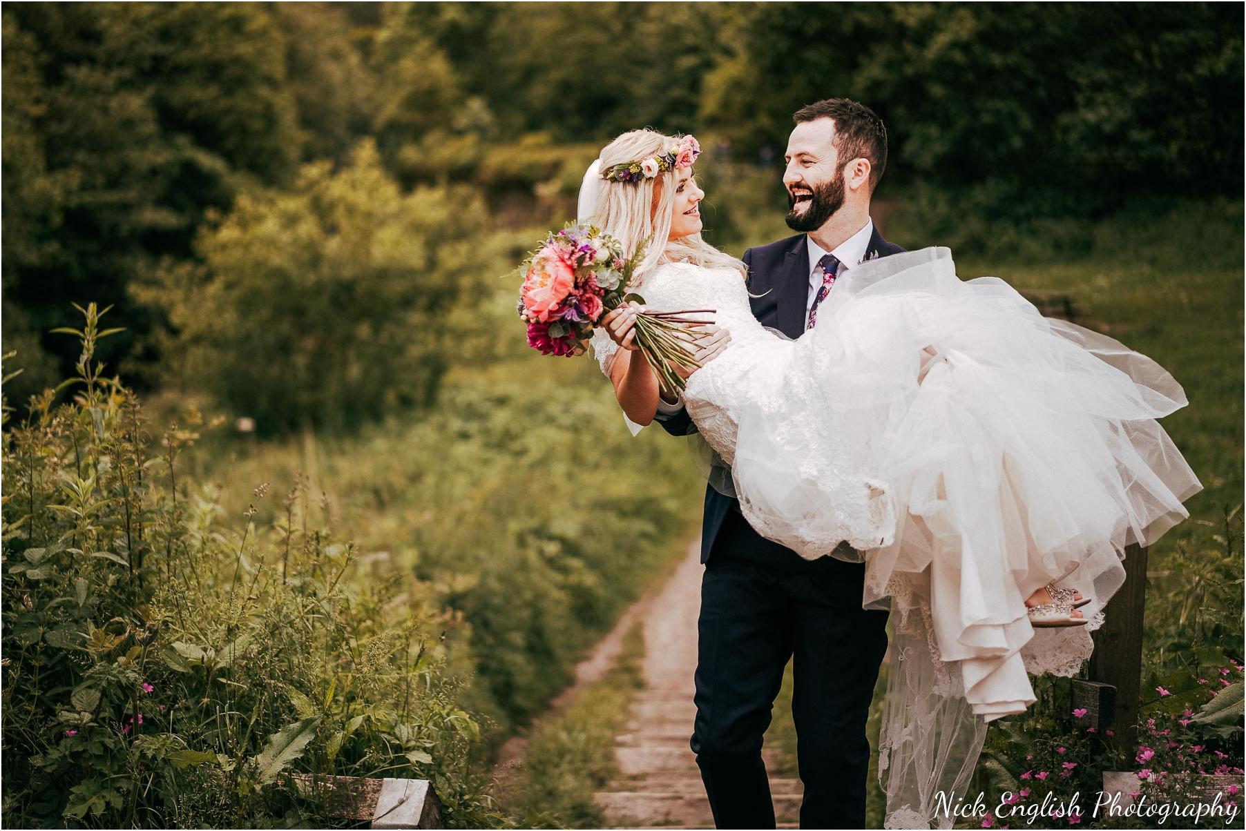 Whitebottom_Farm_Wedding_Manchester_Photograph-48.jpg