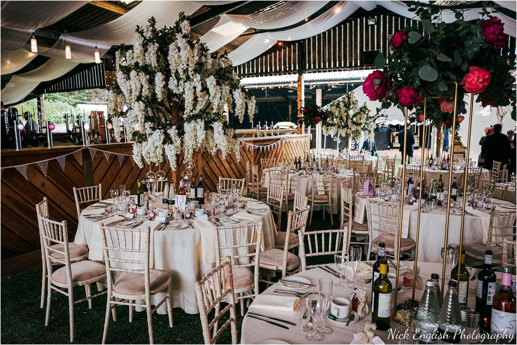Whitebottom_Farm_Wedding_Manchester_Photograph-62.jpg