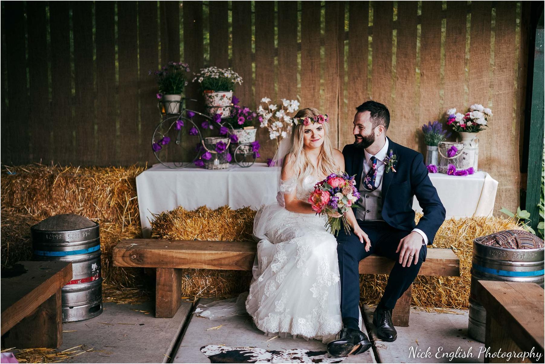 Whitebottom_Farm_Wedding_Manchester_Photograph-66.jpg