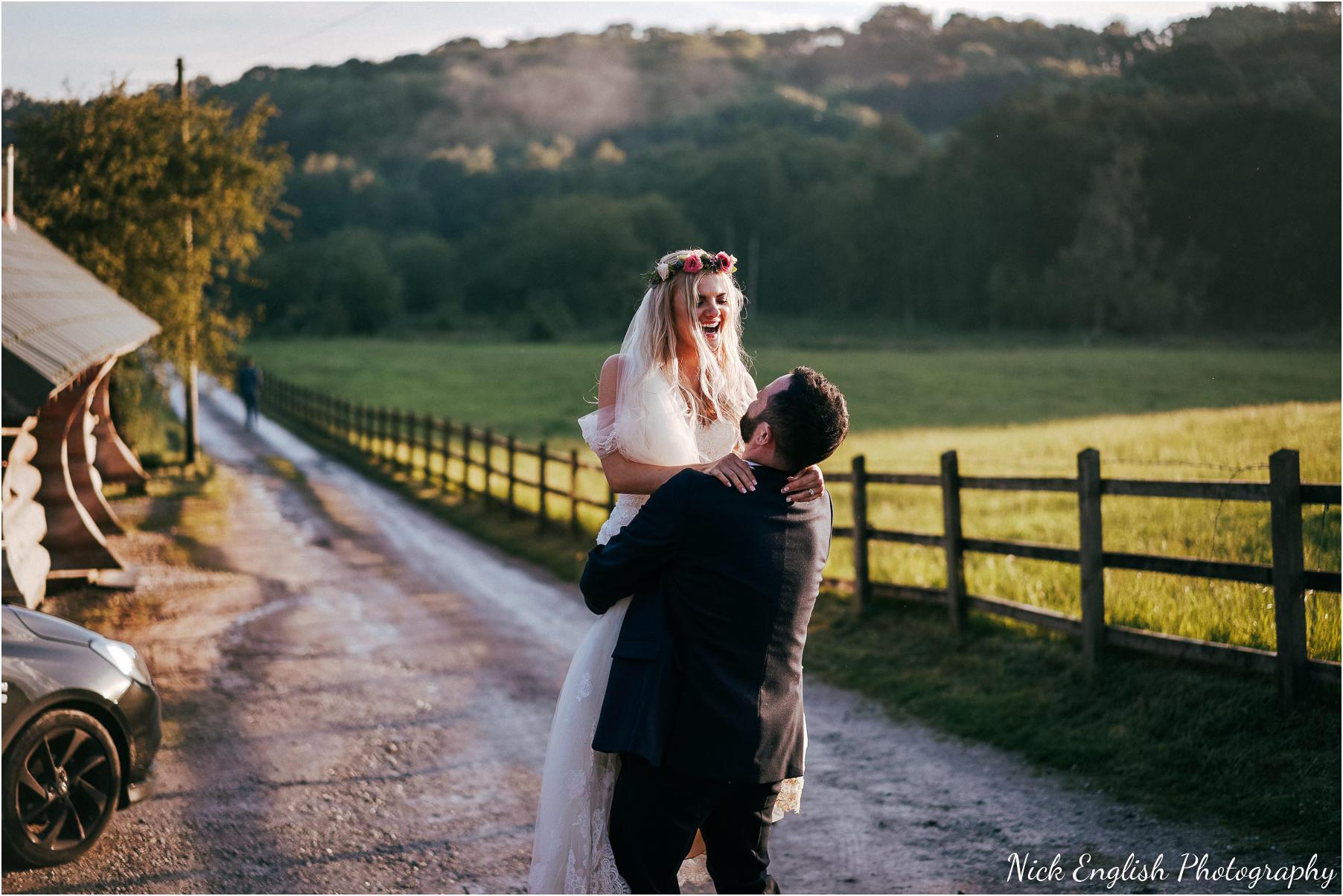 Whitebottom_Farm_Wedding_Manchester_Photograph-109.jpg