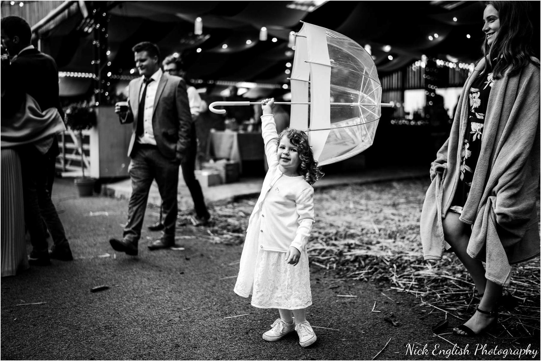 Whitebottom_Farm_Wedding_Manchester_Photograph-113.jpg