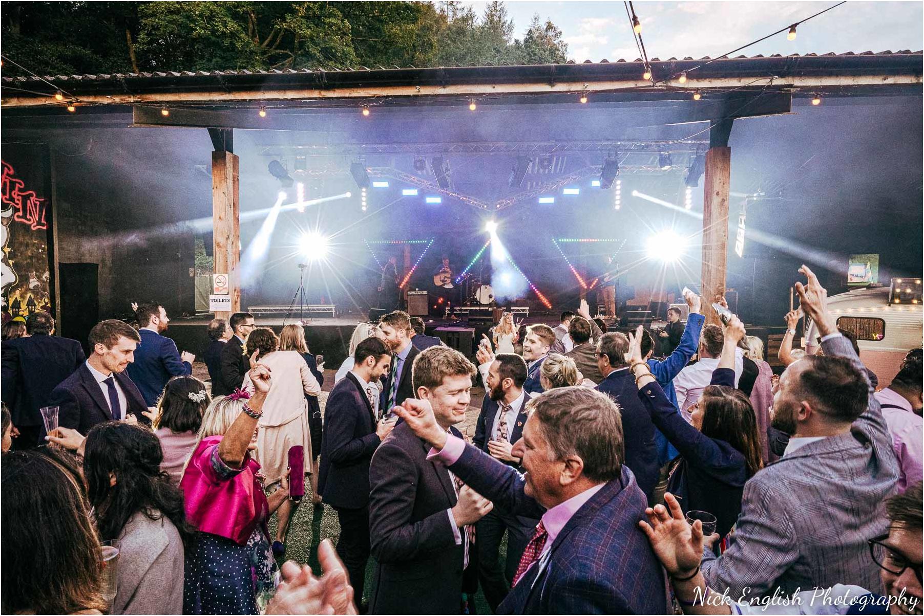 Whitebottom_Farm_Wedding_Manchester_Photograph-122.jpg
