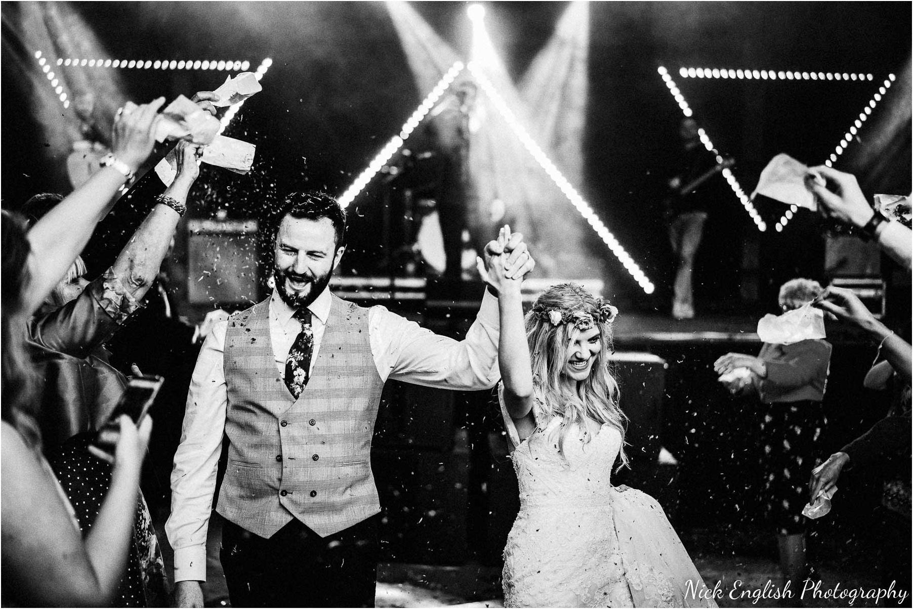 Whitebottom_Farm_Wedding_Manchester_Photograph-126.jpg