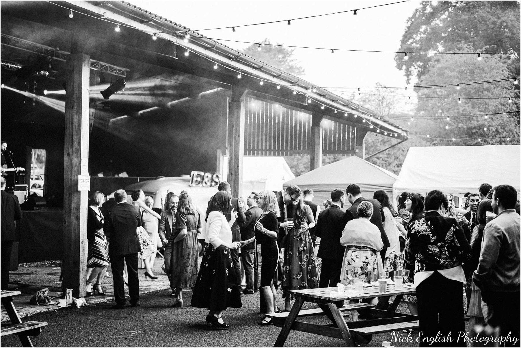Whitebottom_Farm_Wedding_Manchester_Photograph-134.jpg