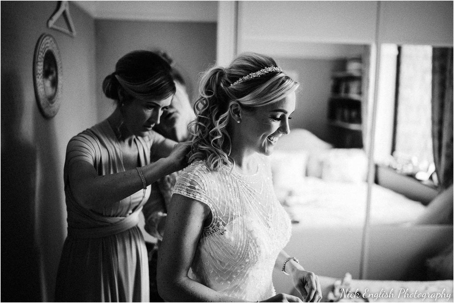 Mitton_Hall_Wedding_Photograph-27.jpg