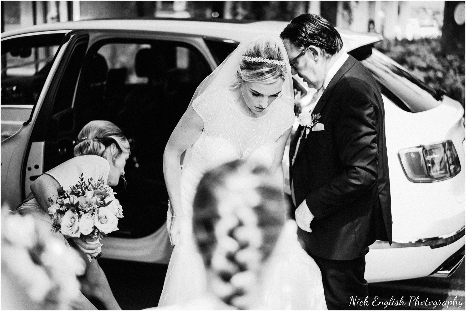 Mitton_Hall_Wedding_Photograph-36.jpg