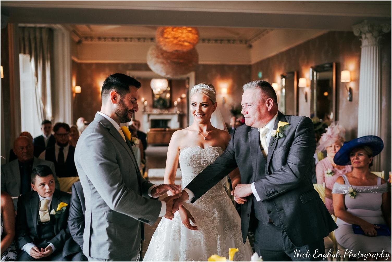 Falcon_Manor_Yorkshire_Wedding_Photographer-36.jpg