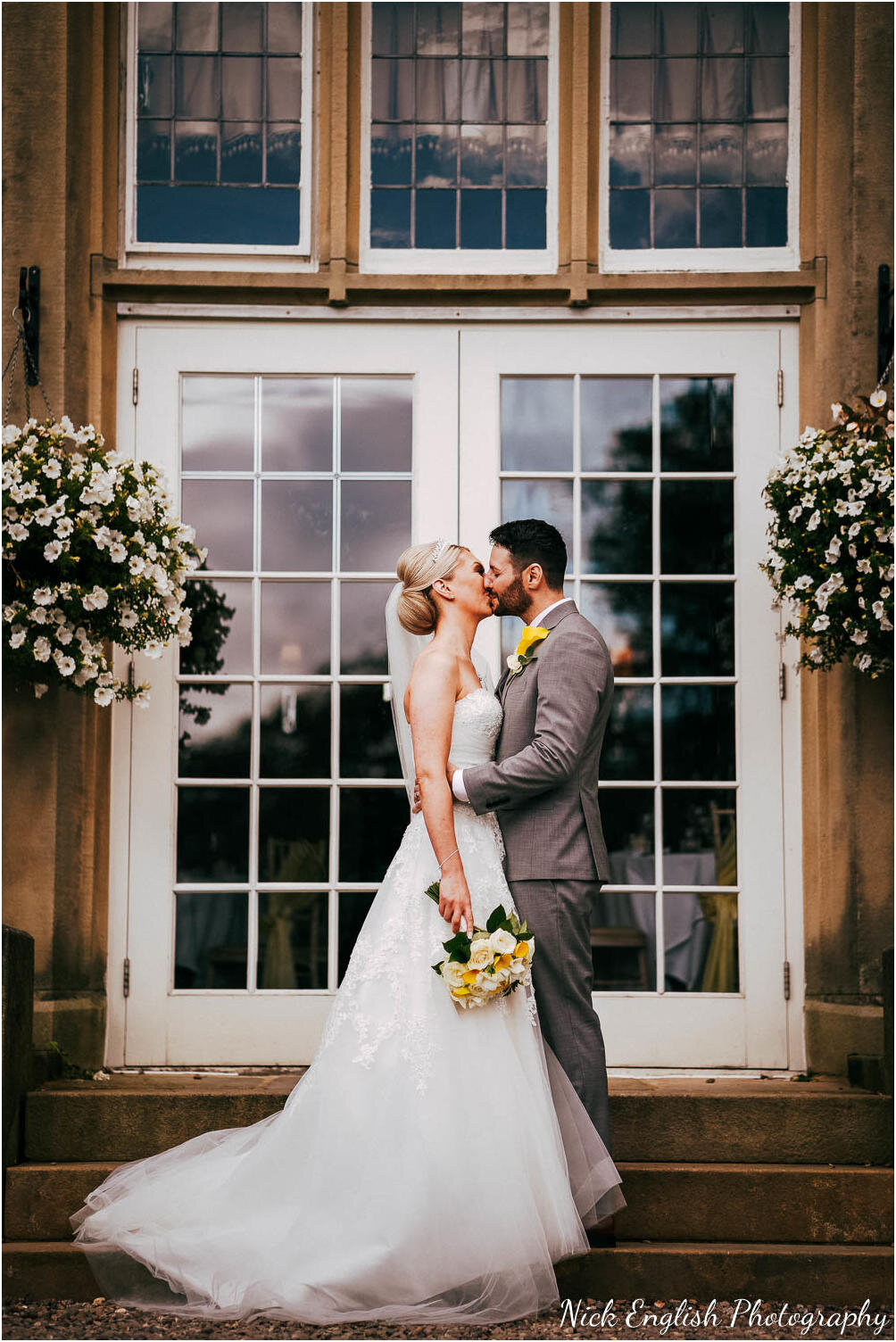 Falcon_Manor_Yorkshire_Wedding_Photographer-71.jpg