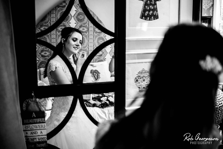 Spread_Eagle_Inn_Sawley_Wedding_Photographer (9).jpg
