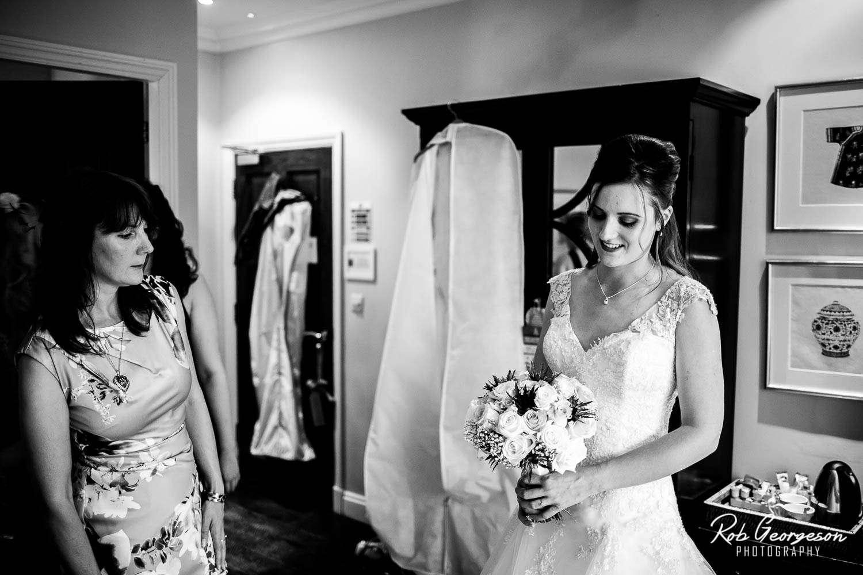 Spread_Eagle_Inn_Sawley_Wedding_Photographer (11).jpg