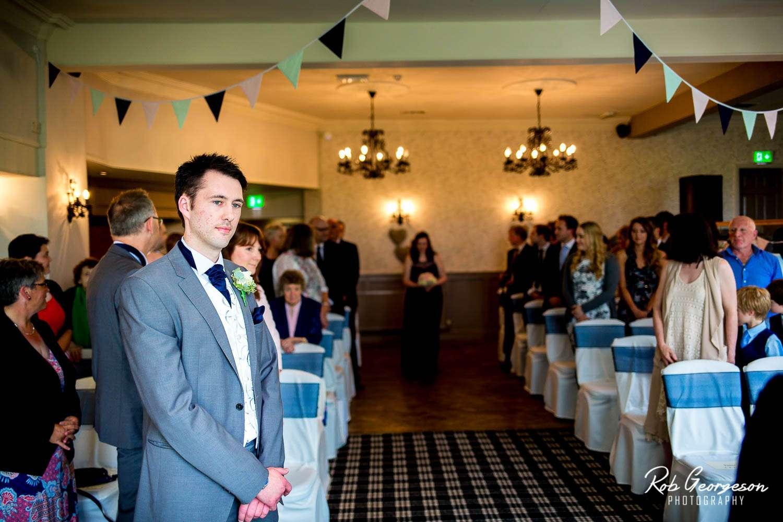 Spread_Eagle_Inn_Sawley_Wedding_Photographer (16).jpg