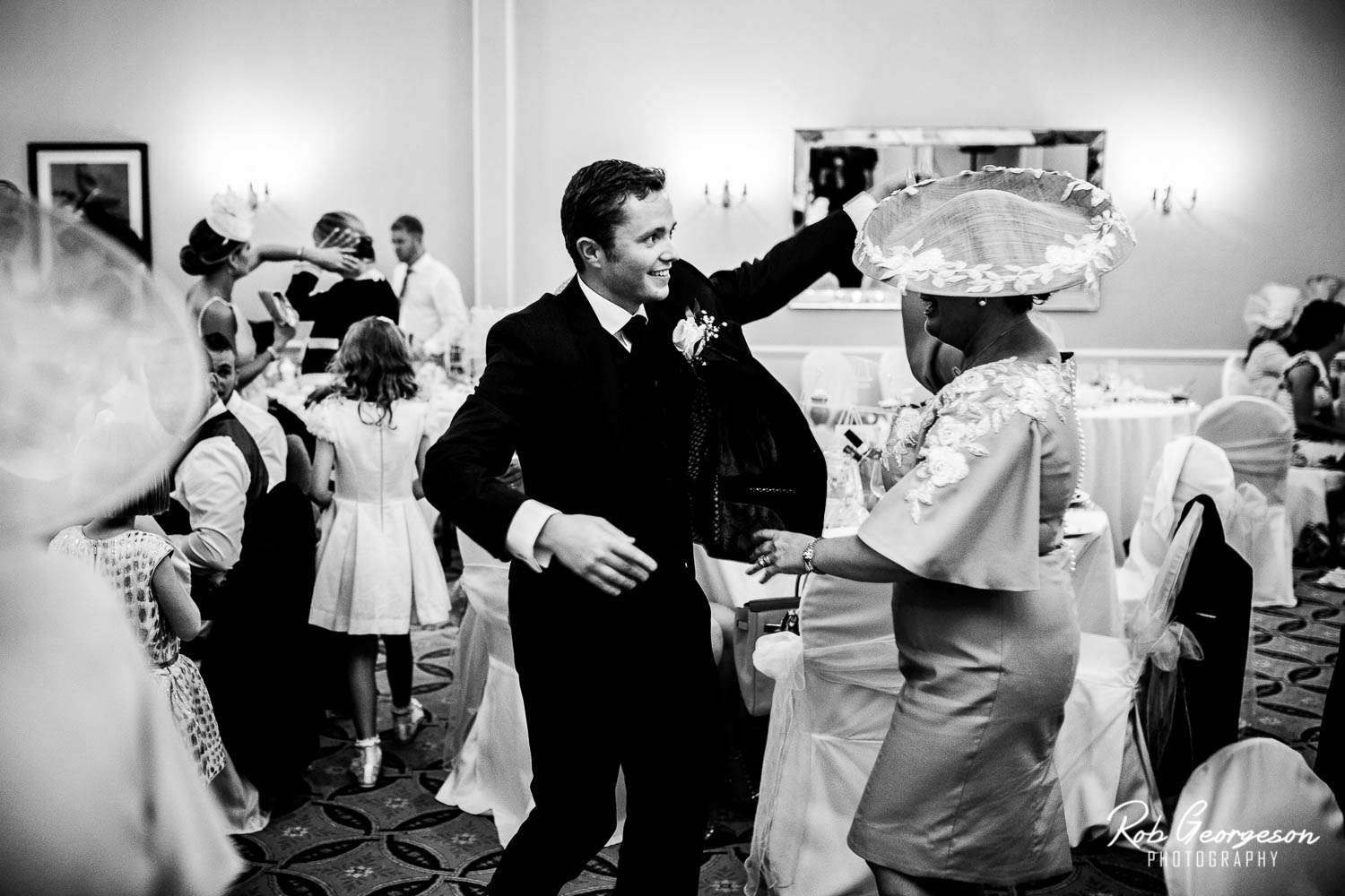 Preston_Marriott_Hotel_Wedding_Photographer (20).jpg
