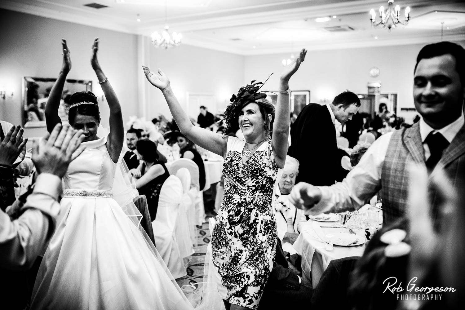 Preston_Marriott_Hotel_Wedding_Photographer (21).jpg