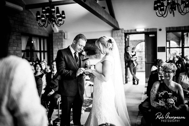 Ferraris_Country_House_Wedding_Photographer (29).jpg