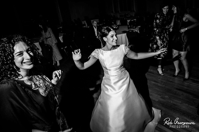 Liverpool_Town_Hall_Wedding_Photographer (51).jpg
