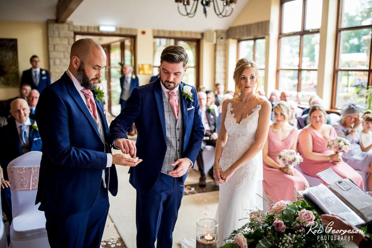 Ferraris_Country_House_Wedding_Photographer_033.jpg