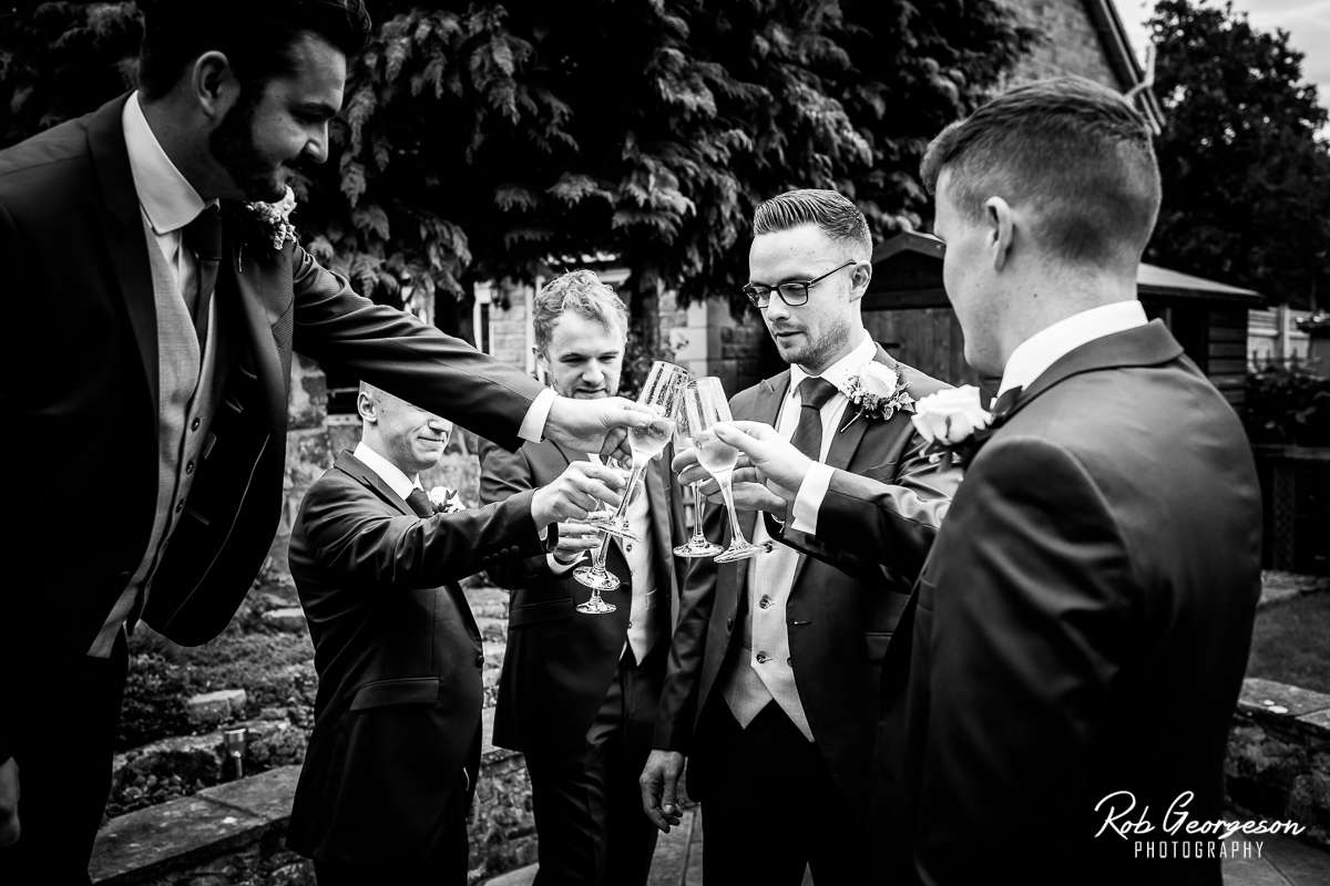 Shireburn_Arms_Wedding_Photographer_013.jpg