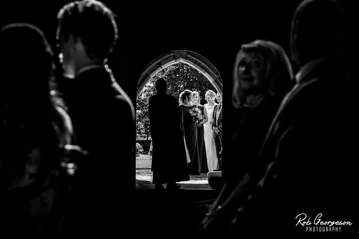 Shireburn_Arms_Wedding_Photographer_023.jpg