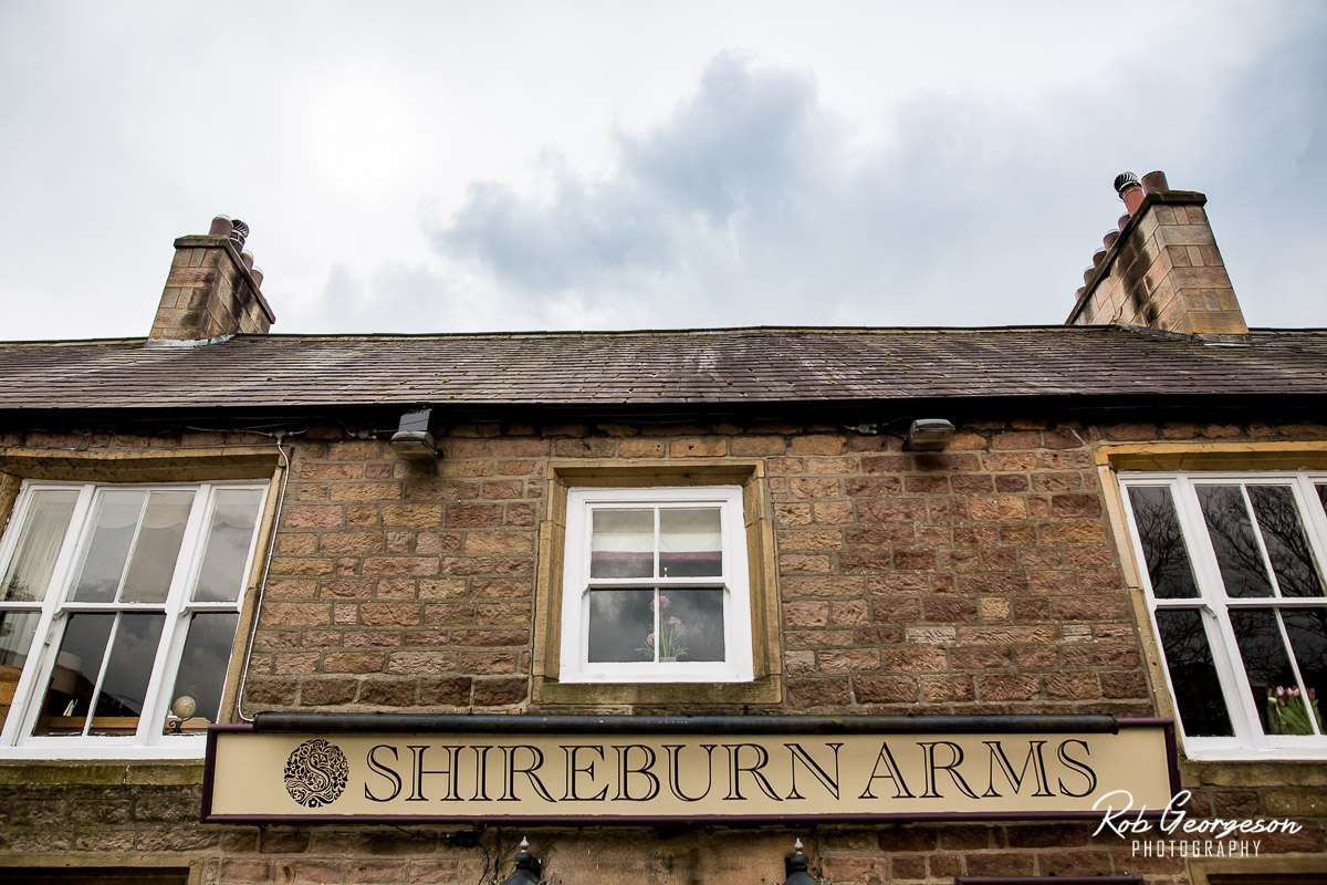 Shireburn_Arms_Wedding_Photographer_036.jpg