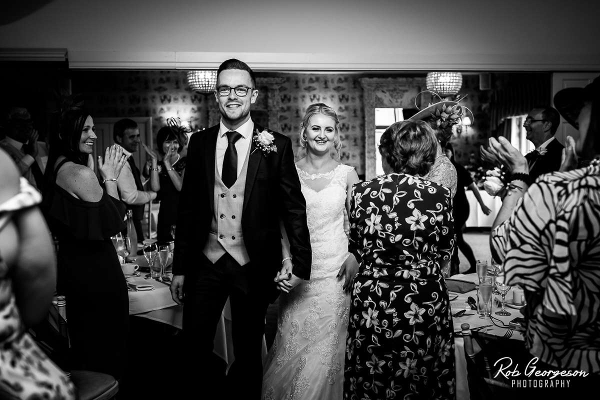Shireburn_Arms_Wedding_Photographer_049.jpg