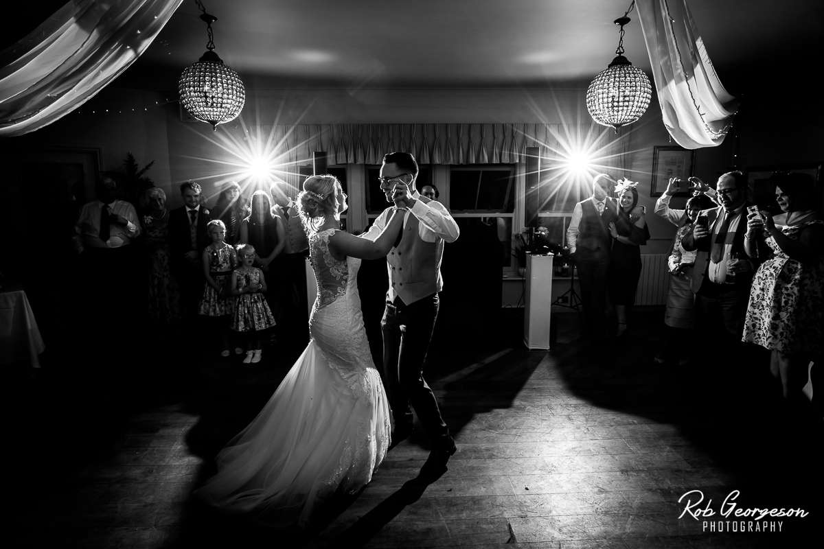 Shireburn_Arms_Wedding_Photographer_073.jpg