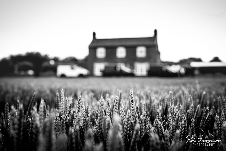 Hazel_Gap_Barn_Wedding_Photographer_032.jpg