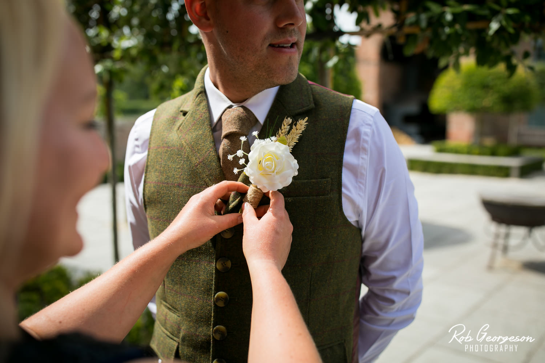 Hazel_Gap_Barn_Wedding_Photographer_039.jpg