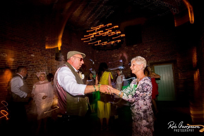 Hazel_Gap_Barn_Wedding_Photographer_136.jpg