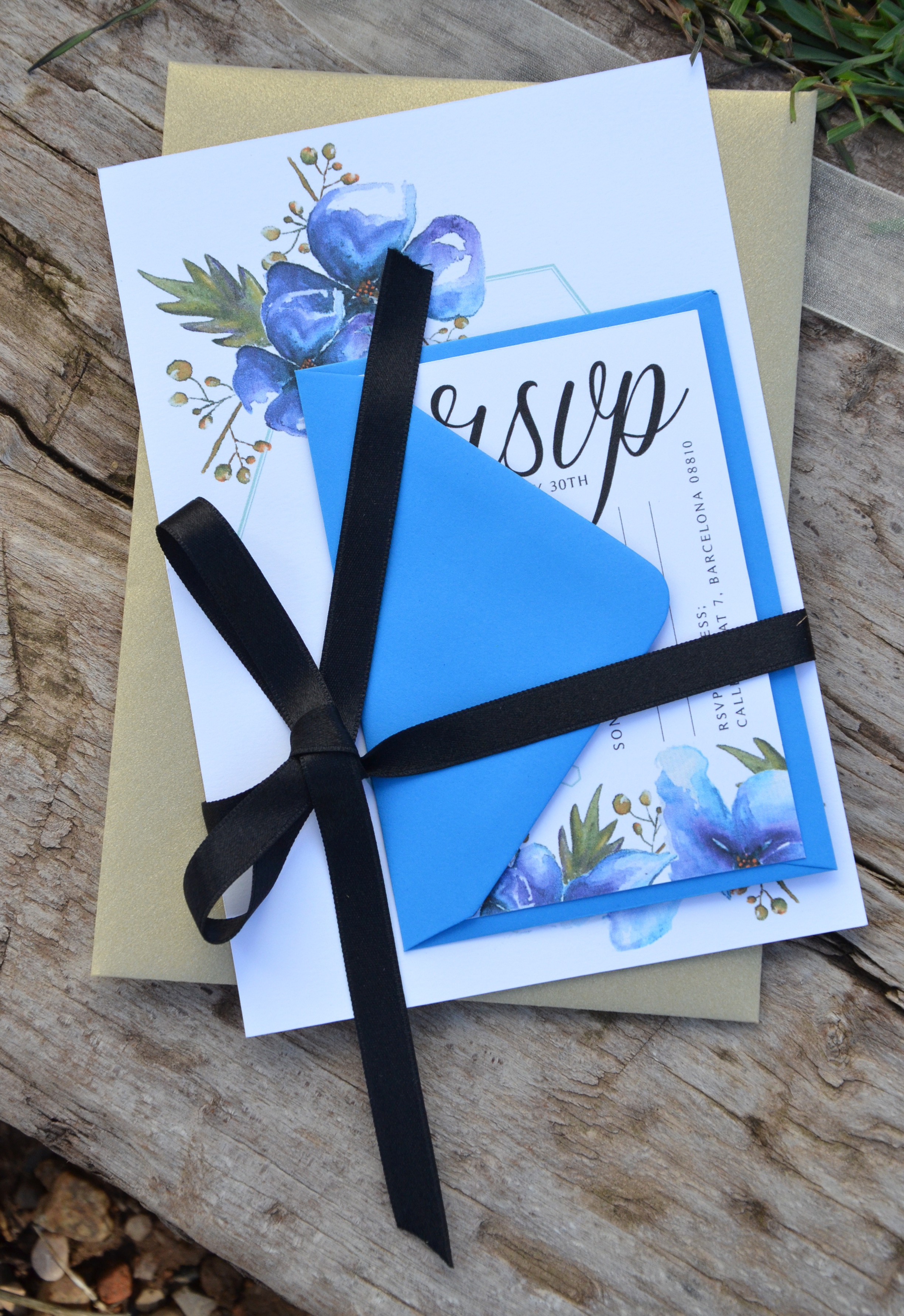 Geometric invite with ribbon.JPG