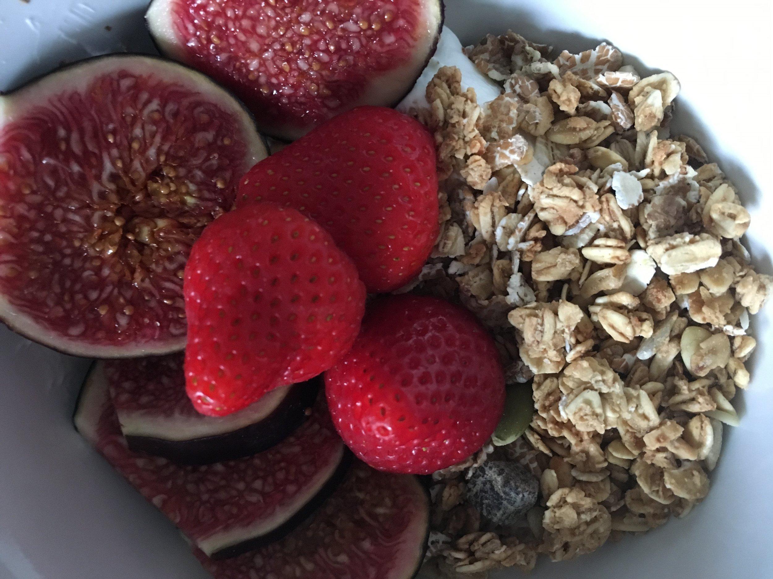 Greek yogurt, fresh fruit and muesli - what a breakfast?!