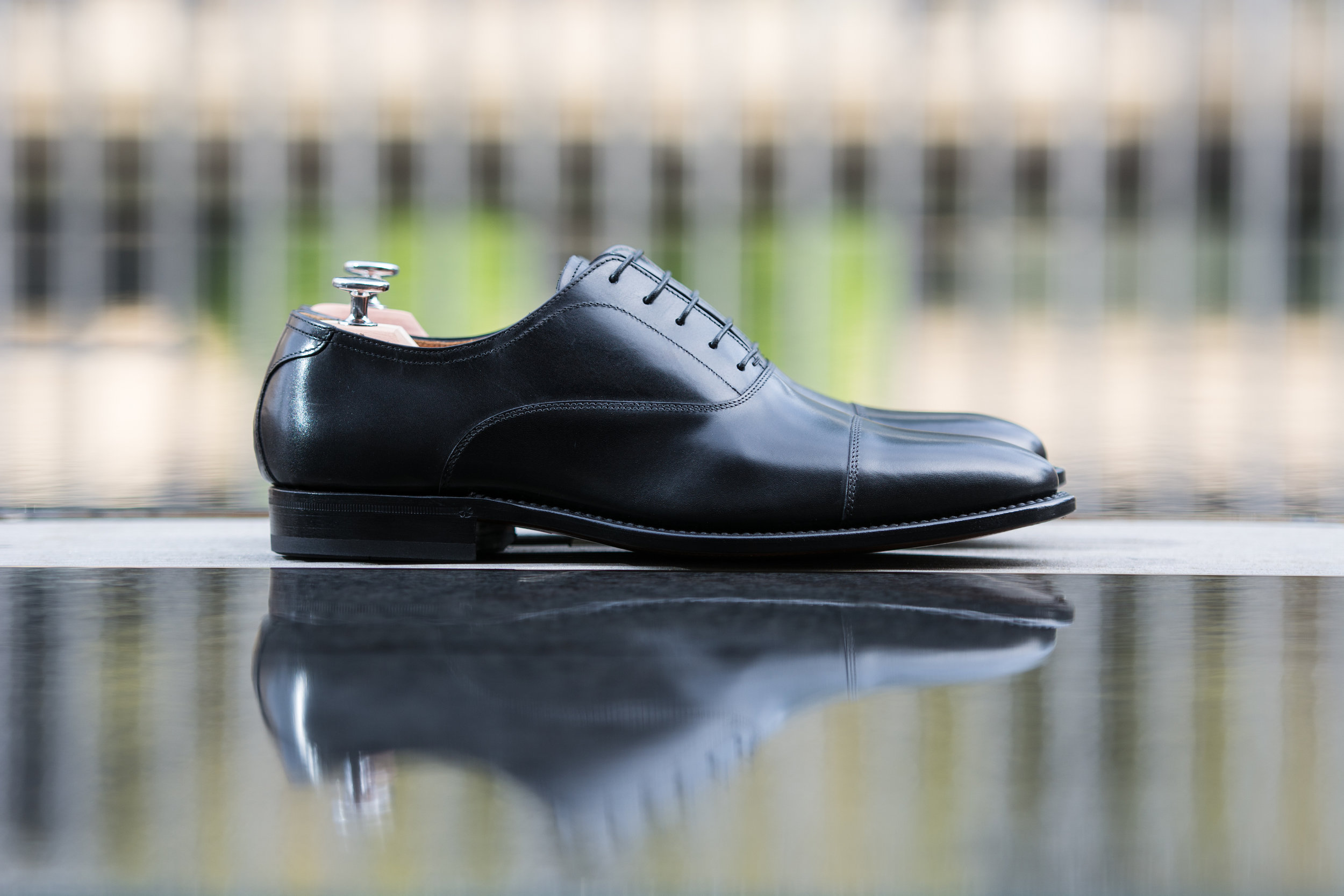 Signature Black Captoe Balmoral