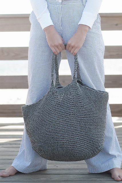 Montauk_Crochet_Beach_Tote_COTTON_CLASSIC-CCLITE_medium2.jpg