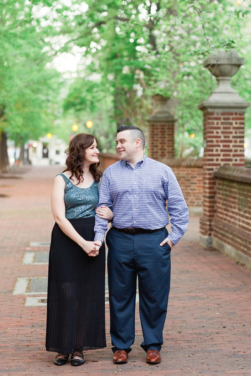 Philadelphia_Washington_Square_Park_Engagement_Session_09