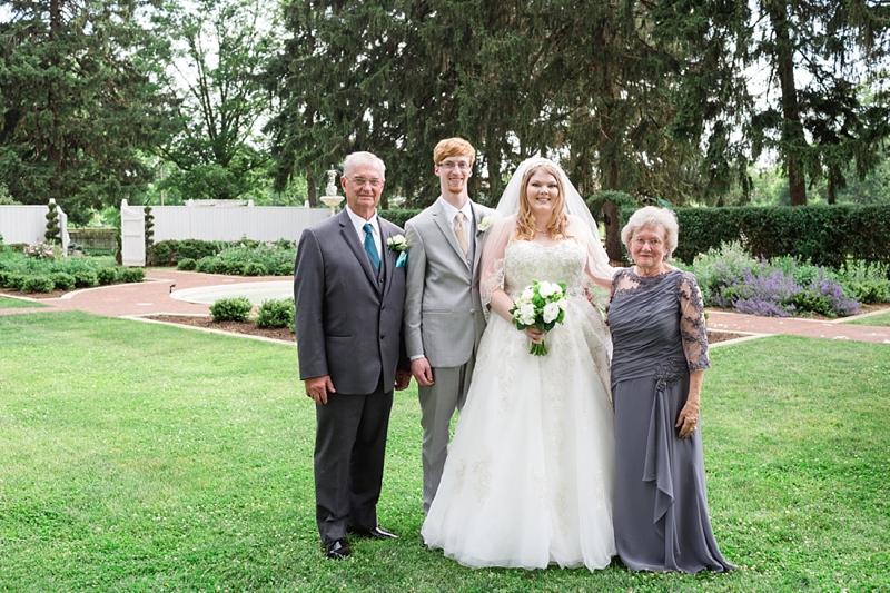 White_Chimneys__Lancaster_PA_Wedding_25